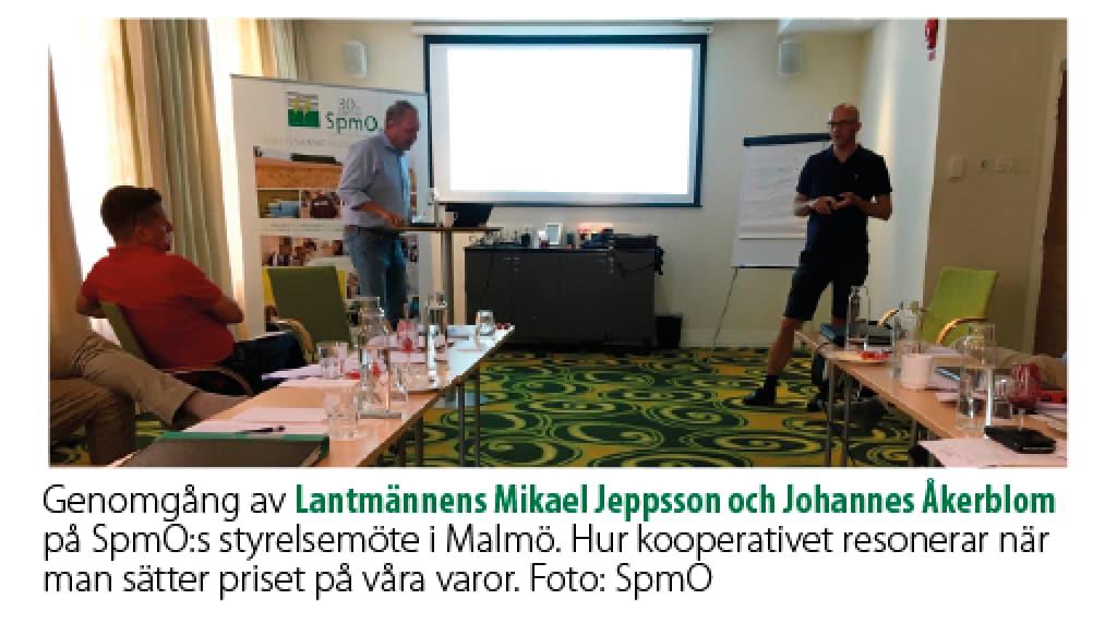 Lantmännens Mikael Jeppsson och Johannes Åkerblom på SpmO:s styrelsemöte i Malmö.